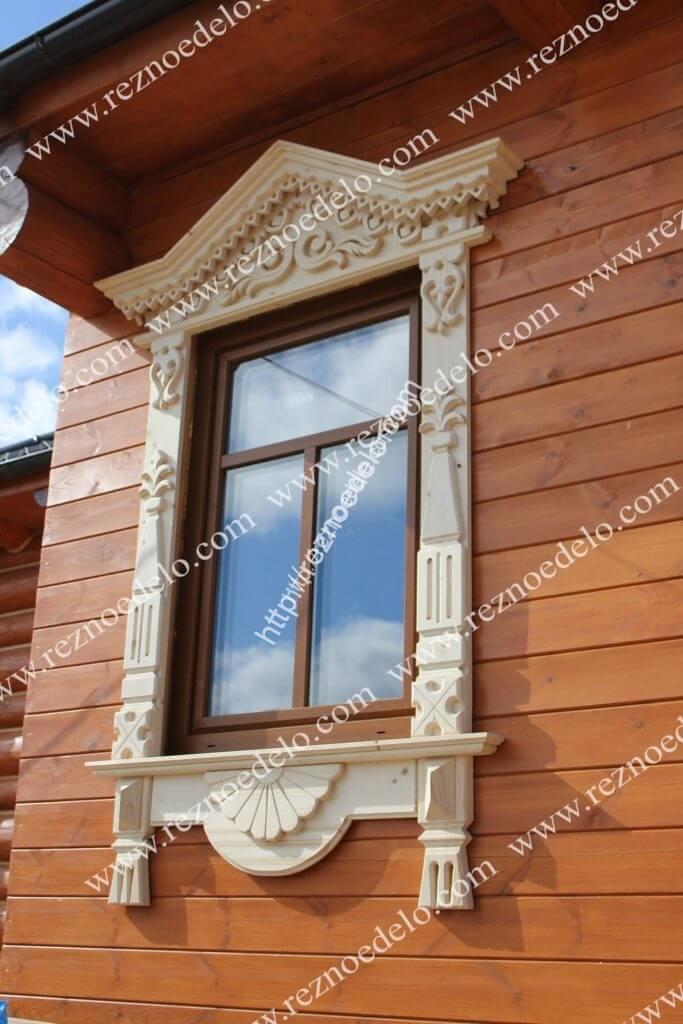 деревянные резные наличники на окна